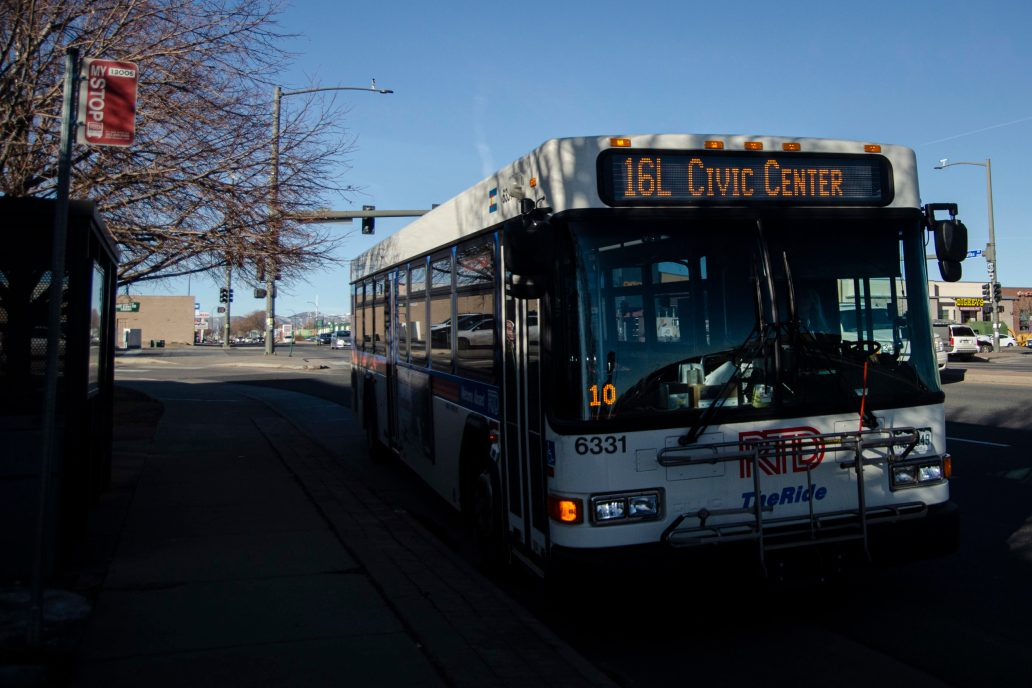 Picture of an RTD 16L: Civic Center Bus on a stop